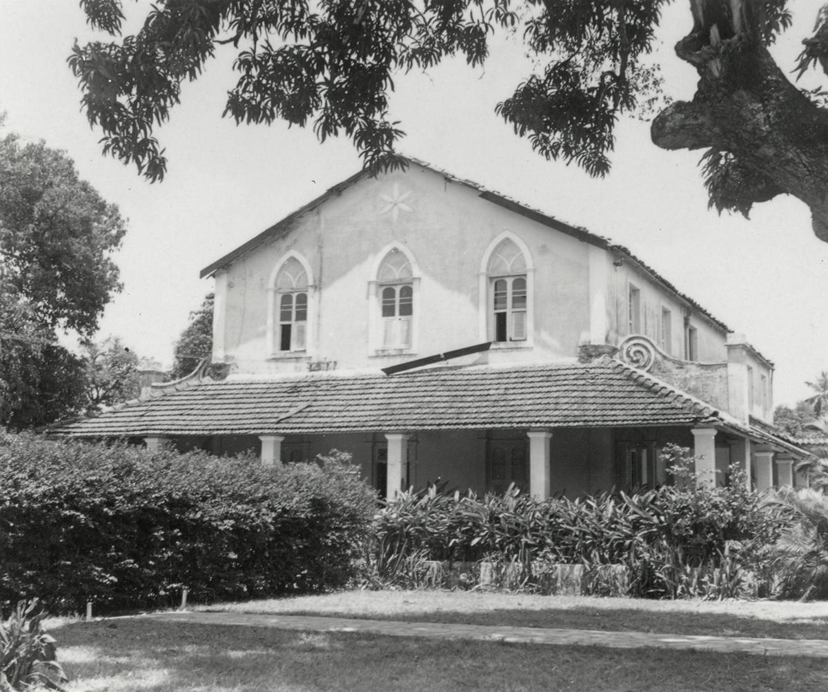 Antiga sede do MAUC, Chácara do Coronel Pierreleveé, 1965. Nesse prédio funcionava anteriormente o Colégio Santa Cecília.