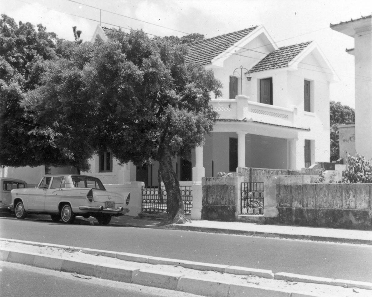 Centro de Cultura Hispânica, atual Casa de Cultura Hispânica, visto da Av. 13 de maio, 1966.