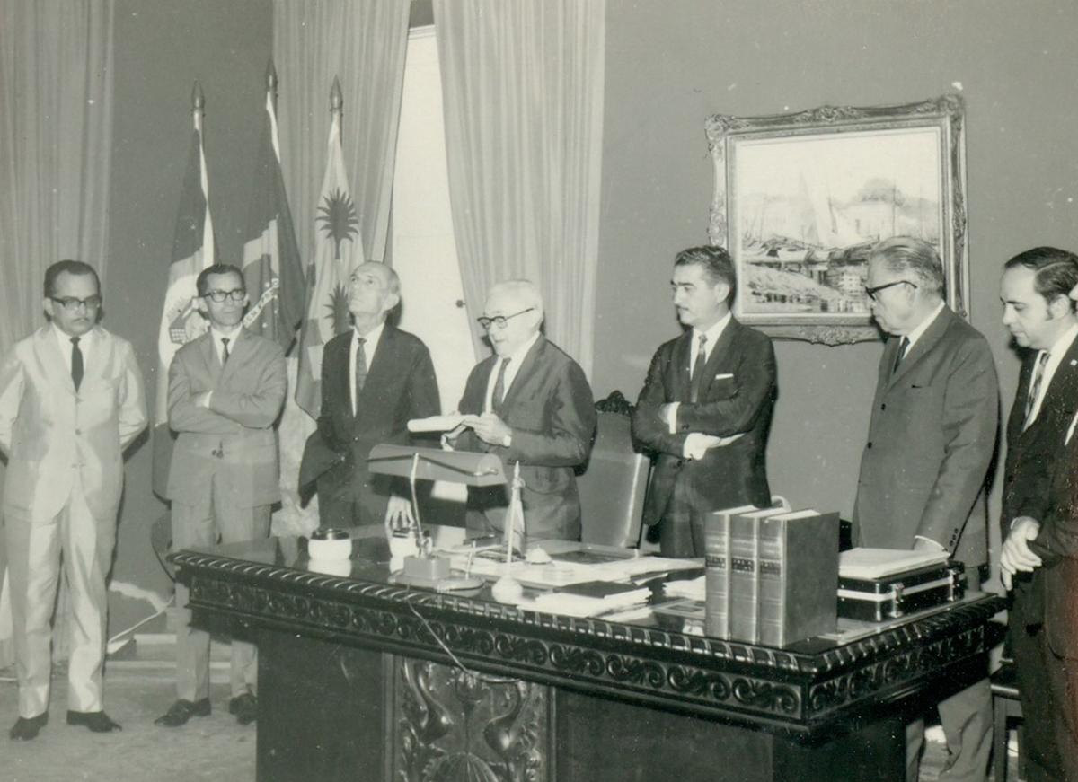 Posse do decano do CH, Prof. Moreira Campos - 24.04.1970